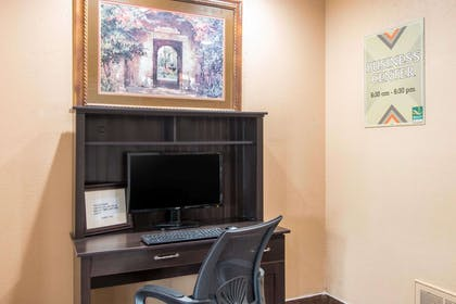 Business services available | Quality Inn & Suites I-35 - near ATT Center