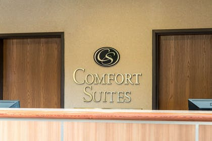 Hotel lobby   Comfort Suites North Fossil Creek