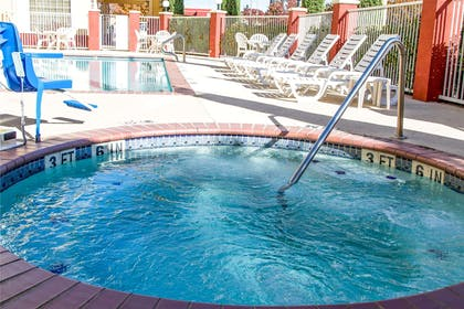 Outdoor hot tub   Comfort Suites North Fossil Creek