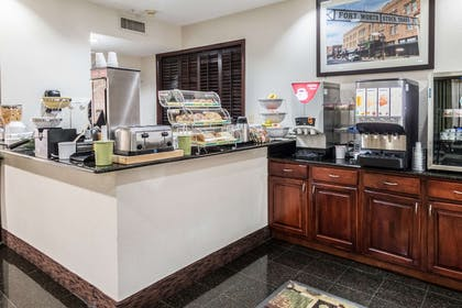 Breakfast counter | Quality Suites Burleson - Ft. Worth