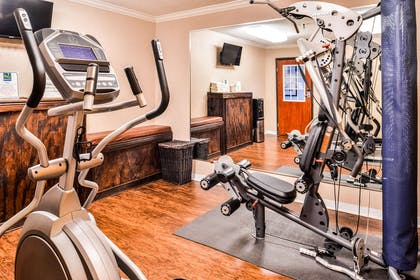 Fitness center | Quality Inn And Suites Beaumont