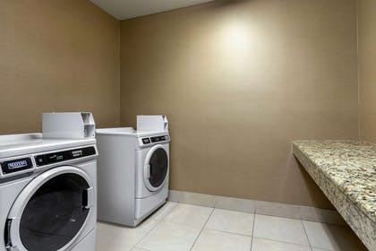 Guest laundry facilities   Comfort Suites The Colony - Plano West