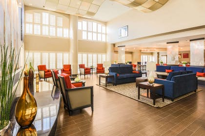 Spacious lobby with sitting area | Comfort Suites Dallas Fort Worth Near Grapevine