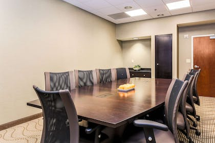Conference Room | Comfort Suites Dallas Fort Worth Near Grapevine