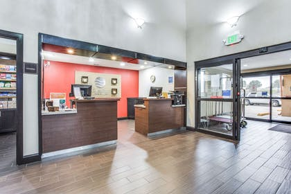 Front desk with friendly staff | Comfort Inn & Suites Love Field - Dallas Market Center