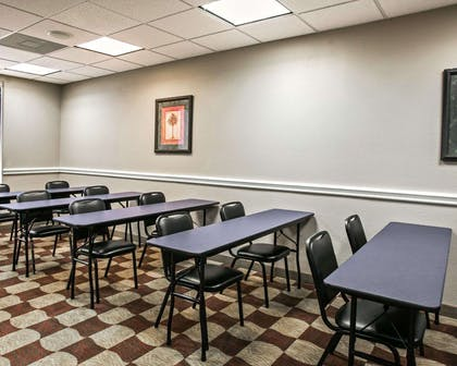 Conference room | Comfort Suites Willowbrook