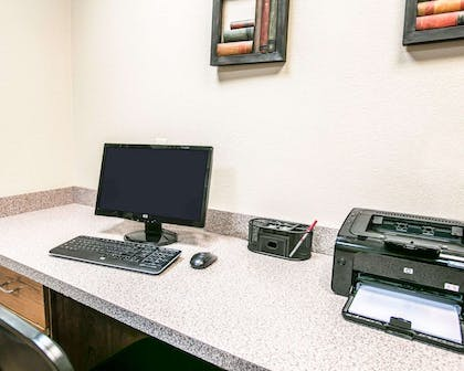 Business center | Comfort Suites Willowbrook