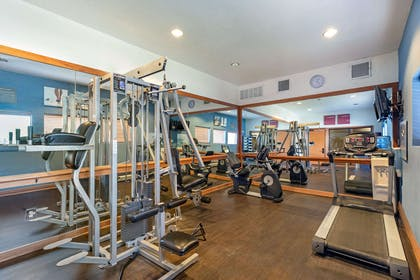 Fitness center | Comfort Suites McKinney-Allen
