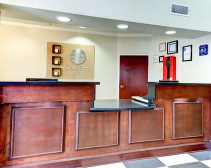 Front desk with friendly staff | Comfort Inn Corsicana East