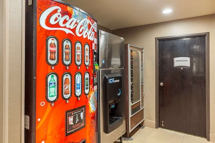 Hotel vending area | Quality Suites Sherman