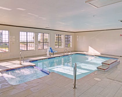 Indoor pool | Comfort Inn & Suites Beachfront