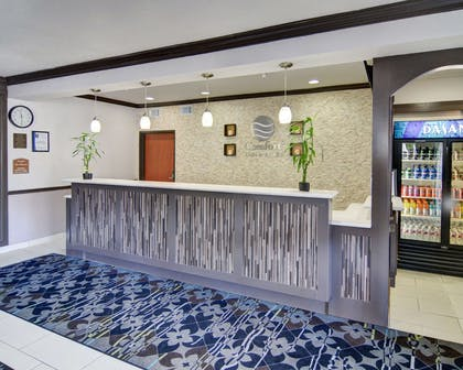 Front desk | Comfort Inn & Suites Beachfront