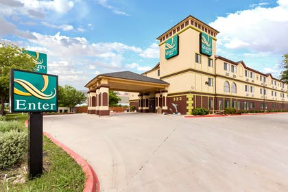 Hotel near Sea World | Quality Inn near SeaWorld - Lackland