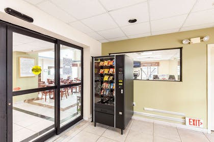Hotel vending area | Quality Inn near SeaWorld - Lackland