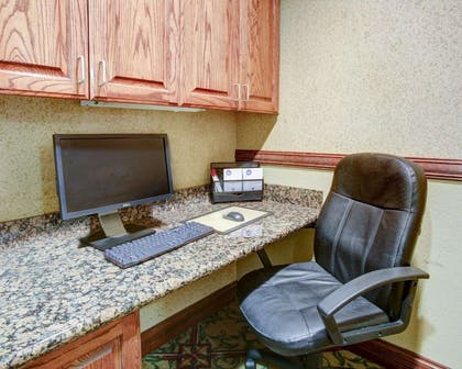 Business center with high-speed Internet access | Comfort Suites University Drive