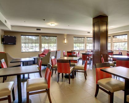 Breakfast area in the lobby | Comfort Suites Tyler South