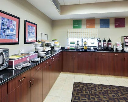 Free hot breakfast | Comfort Inn And Suites Airport