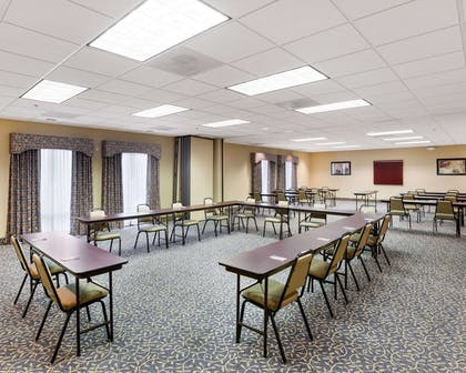 Meeting room | Comfort Inn And Suites Airport