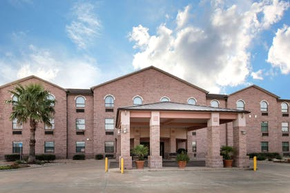 Hotel near popular attractions | Quality Inn