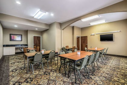 Meeting room | Comfort Suites Near Texas State University