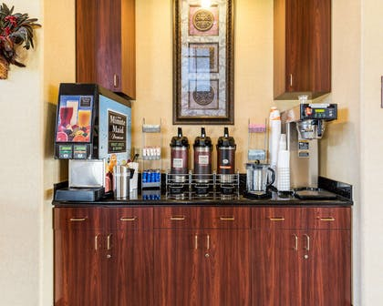 Free coffee | Comfort Suites near NASA - Clear Lake
