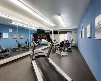 Exercise room | Comfort Suites Pearland / South Houston