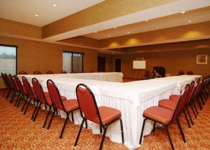 Meeting room with u-shaped setup | Quality Suites
