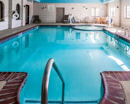 Indoor pool | Sleep Inn And Suites Shamrock
