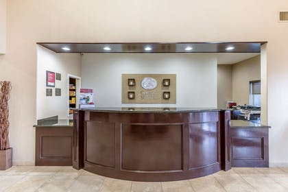 Hotel lobby | Comfort Suites Houston IAH Airport - Beltway 8