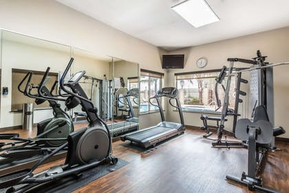 Exercise room | Comfort Suites Houston IAH Airport - Beltway 8