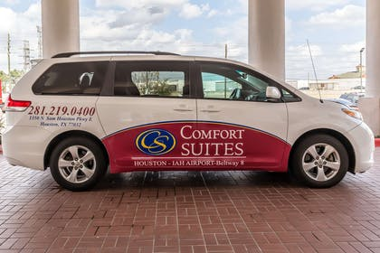 Hotel Shuttle | Comfort Suites Houston IAH Airport - Beltway 8