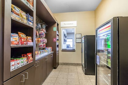 Hotel marketplace | Comfort Suites Houston IAH Airport - Beltway 8