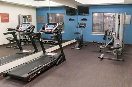 Exercise room   Comfort Suites Hobby Airport