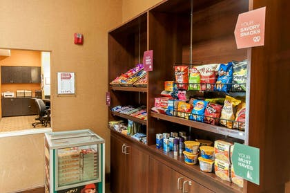 Hotel marketplace   Comfort Suites Hobby Airport