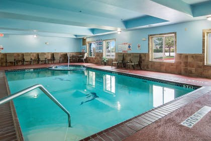Indoor pool | Clarion Inn & Suites Weatherford South