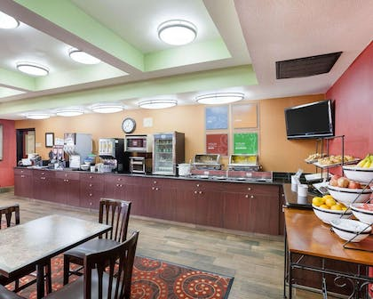 Assorted breakfast items | Comfort Inn and Suites Near Medical Center