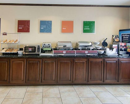 Free hot breakfast buffet | Comfort Suites