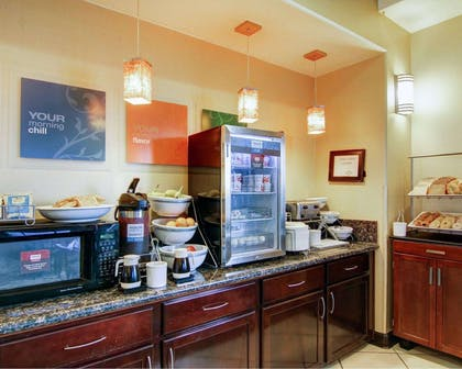 Hot and cold breakfast buffet | Comfort Suites Fort Stockton