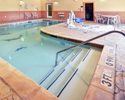 Indoor heated pool with hot tub | Comfort Suites