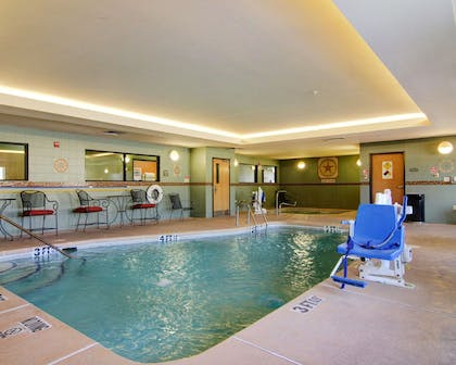 Indoor pool | Comfort Suites El Paso West