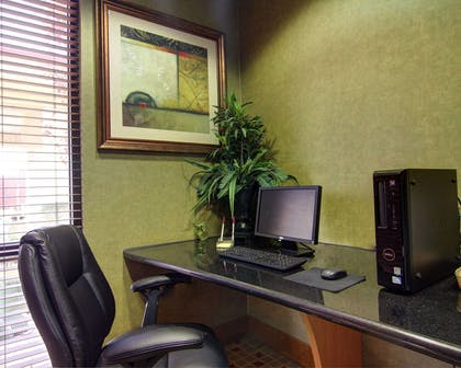 Business center with high-speed Internet access | Comfort Suites El Paso West