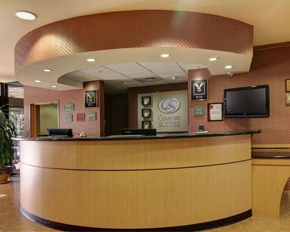 Front desk | Comfort Suites El Paso West