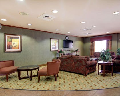 Lobby with sitting area | Comfort Suites El Paso West