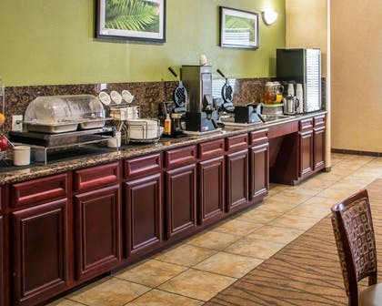Hot and cold breakfast buffet | Sleep Inn & Suites at Six Flags