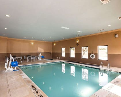 Indoor heated pool with hot tub | Comfort Suites Greenville