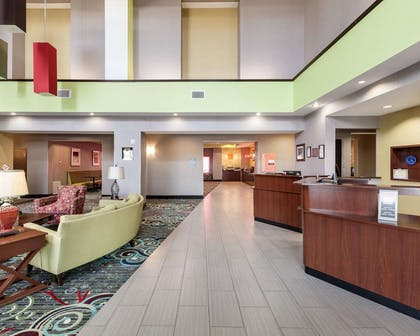 Front desk | Comfort Suites Greenville