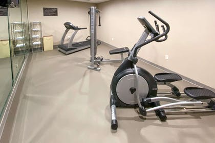 Exercise room | Sleep Inn And Suites Pearland - Houston South