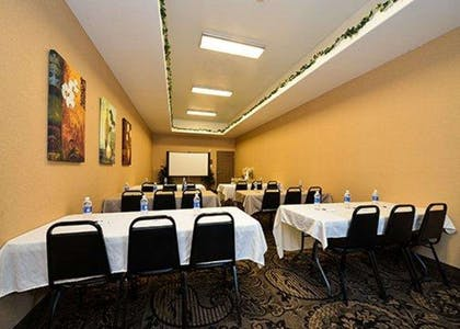 Boardroom | Comfort Suites Bay City