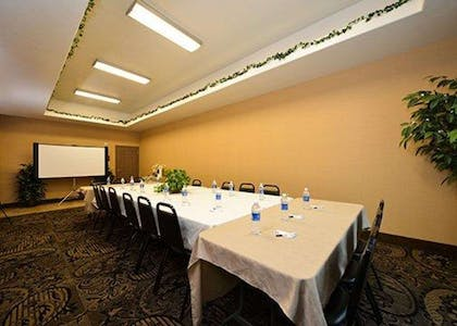 Event space | Comfort Suites Bay City