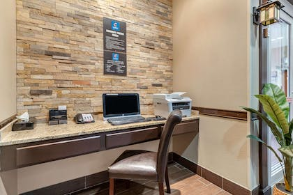 Business center | Comfort Inn & Suites Lakeside